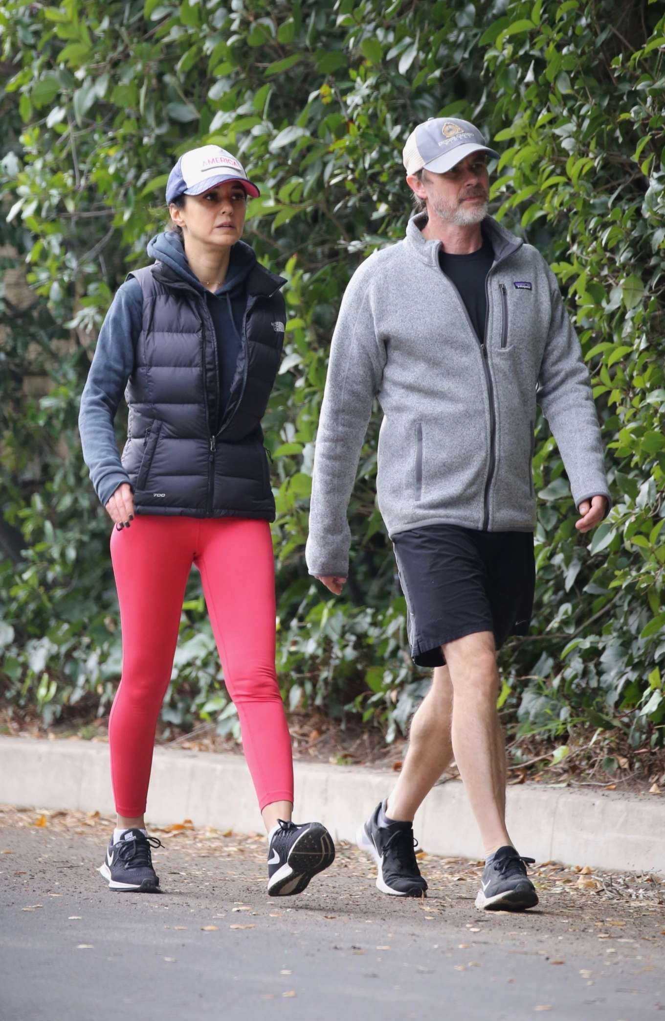 Emmanuelle Chriqui 2020 : Emmanuelle Chriqui – Out for a hike with a friend in Hollywood-01