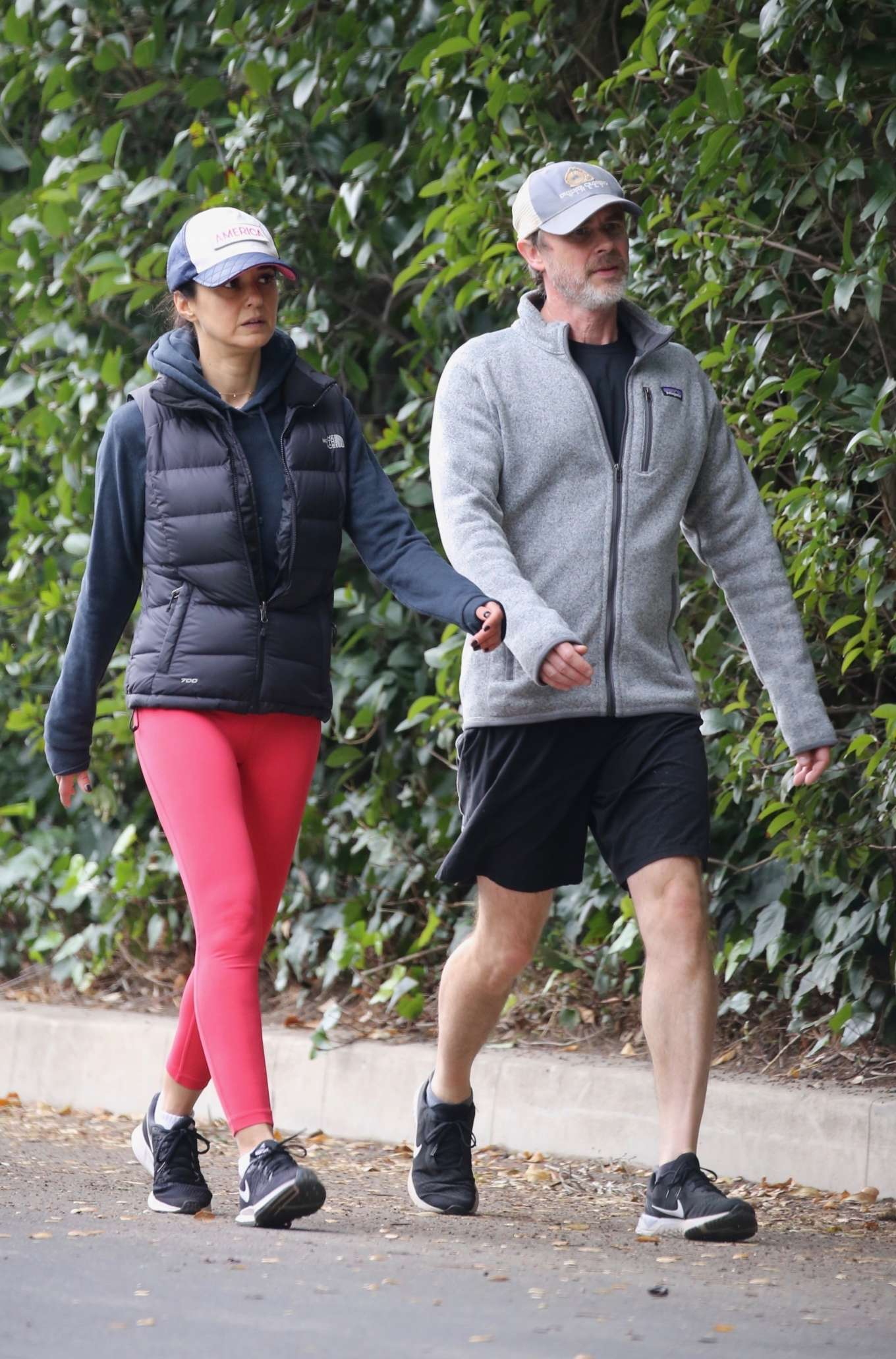 Emmanuelle Chriqui 2020 : Emmanuelle Chriqui – Out for a hike with a friend in Hollywood-03