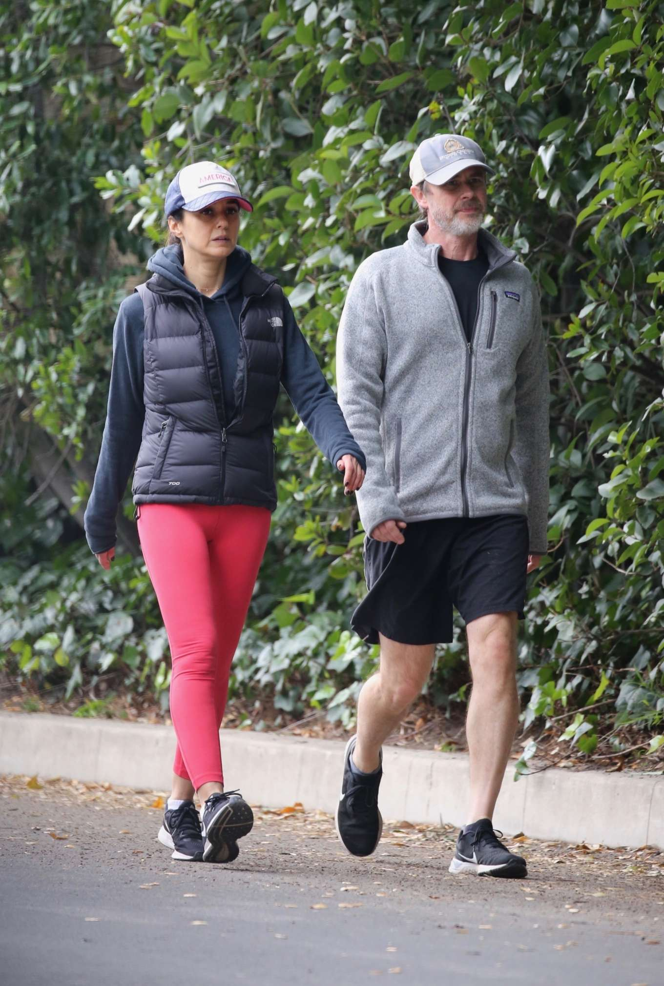 Emmanuelle Chriqui 2020 : Emmanuelle Chriqui – Out for a hike with a friend in Hollywood-04