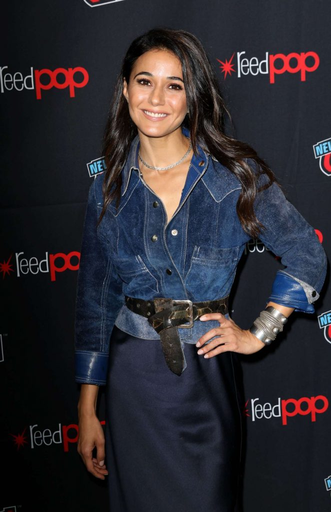 Emmanuelle Chriqui – 'The Passage' Panel at 2018 New York Comic Con