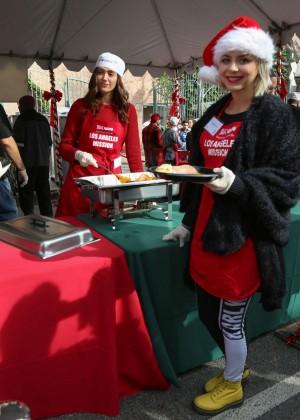 Emmy Rossum: 2015 Los Angeles Mission Christmas Dinner-04