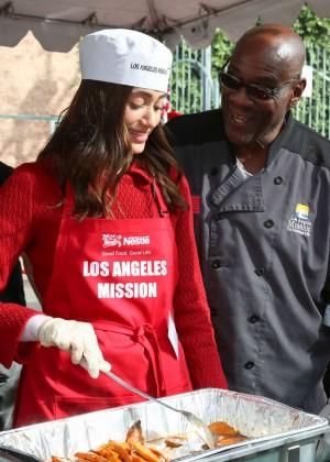 Emmy Rossum: 2015 Los Angeles Mission Christmas Dinner-12