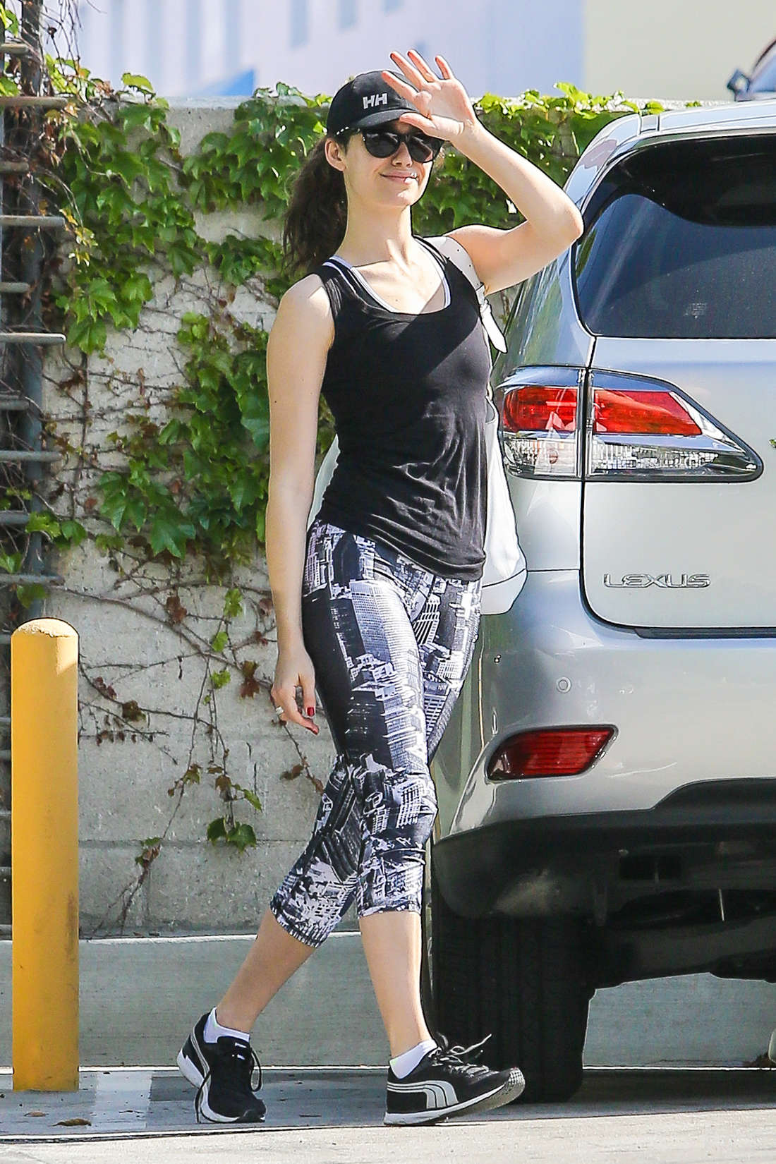 Emmy Rossum – Arrives at SoulCycle in Santa Monica | GotCeleb