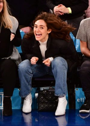 Emmy Rossum - Attends the game between the Los Angeles Lakers and New York Knicks in NYC