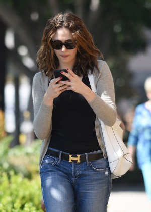 Emmy Rossum in Jeans -08