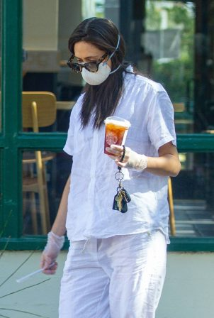 Emmy Rossum - Leaves Starbucks in Malibu
