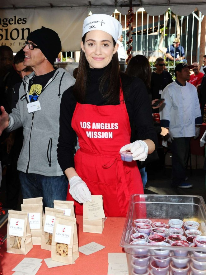 Emmy Rossum - Los Angeles Mission Thanksgiving For The Homeless in LA