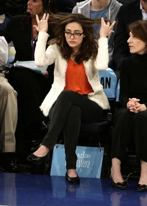 Emmy Rossum - New York Knicks vs San Antonio Spurs Game in NYC
