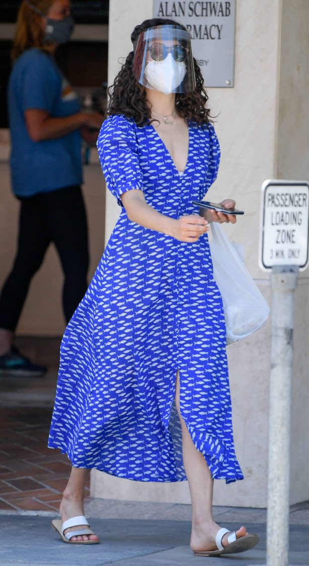Emmy Rossum - Out for a lunch at Nate 'n Al's Deli in Beverly Hills