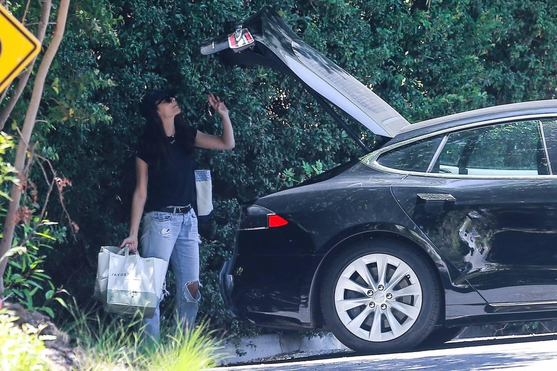 Emmy Rossum 2020 : Emmy Rossum – Out in Beverly Hills-09