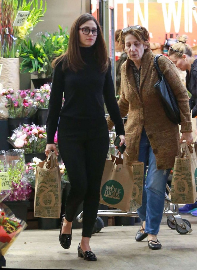 Emmy Rossum - Shopping in Los Angeles