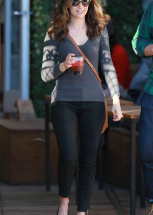 Emmy Rossum in Tight Jeans out in Venice