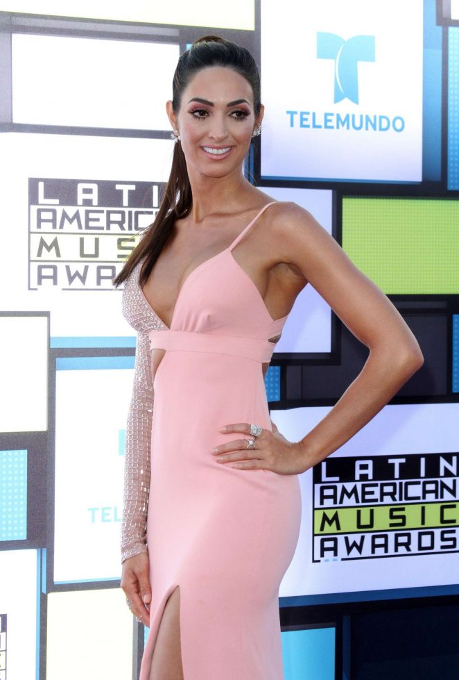 Erika Csiszer - Latin American Music Awards 2016 in Los Angeles