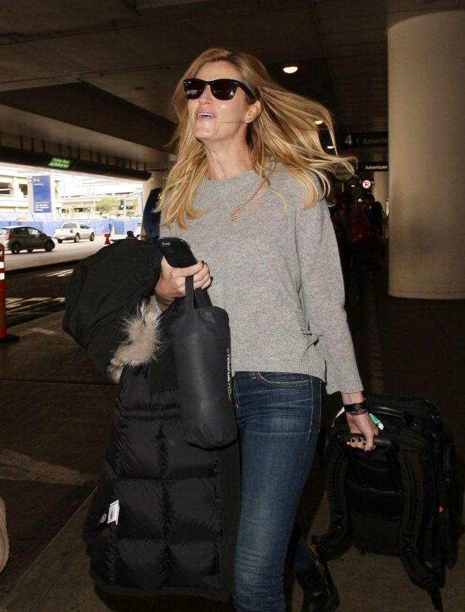Erin Andrews: Arrives at LAX airport -07