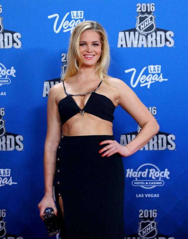 Erin Heatherton 2016 : Erin Heatherton: 2016 NHL Awards -07