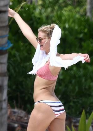 Erin Heatherton - Bikini Candids in Mexico
