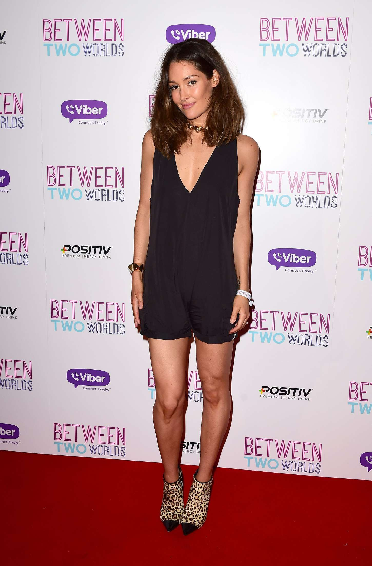 Erin McNaught: Between Two Worlds UK Premiere -03
