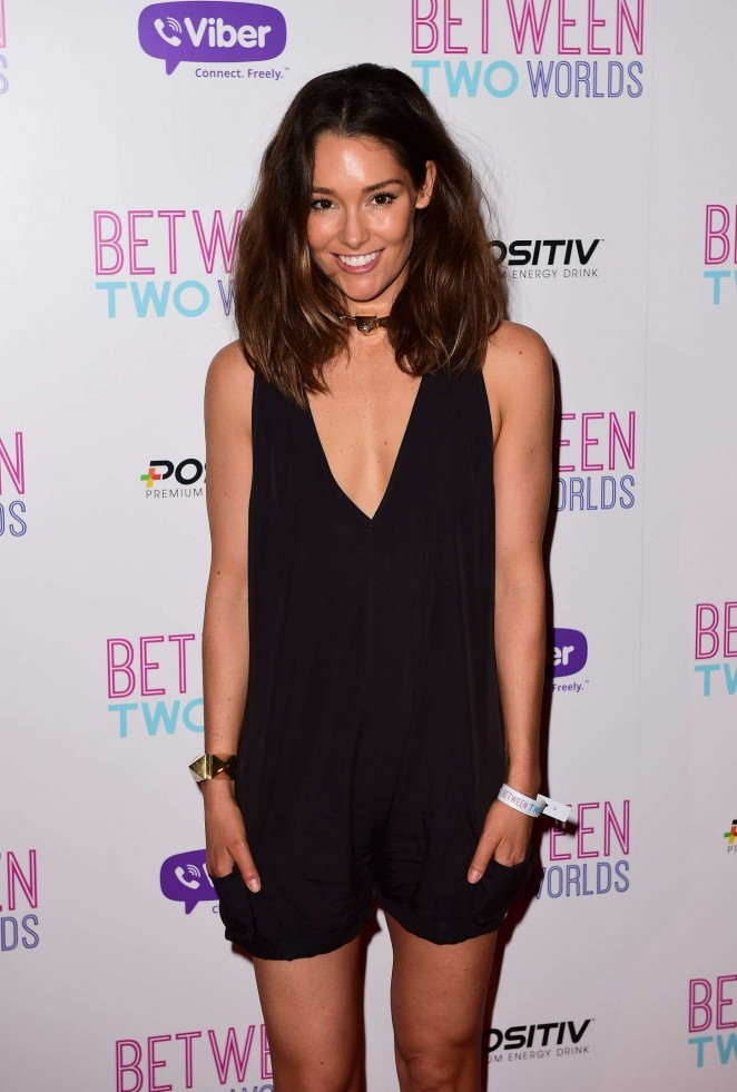 Erin McNaught: Between Two Worlds UK Premiere -05