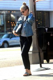Erin Moriarty - Out and about in Los Angeles