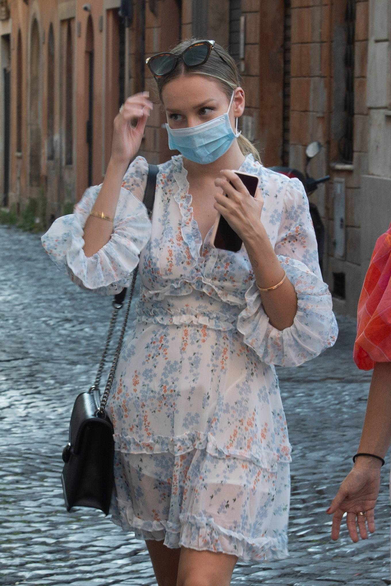 Ester Expósito - Out and about in Rome