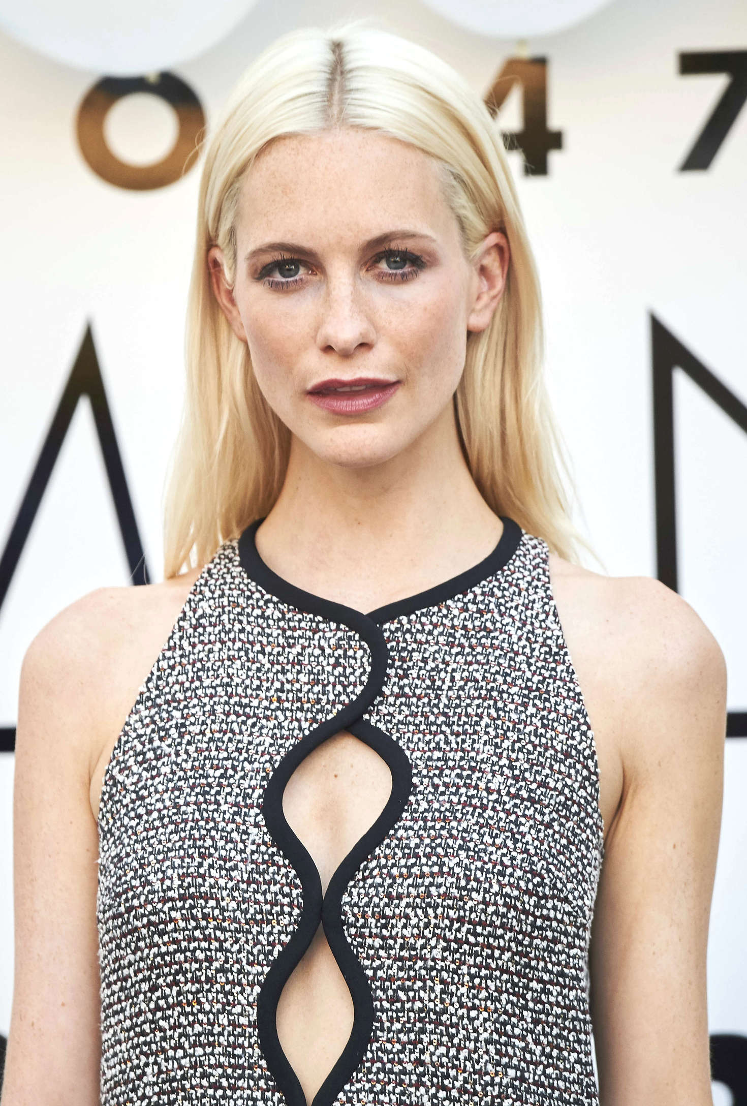 Poppy delevingne see through 47 Photos nudes (54 photos), Sideboobs Celebrites photo