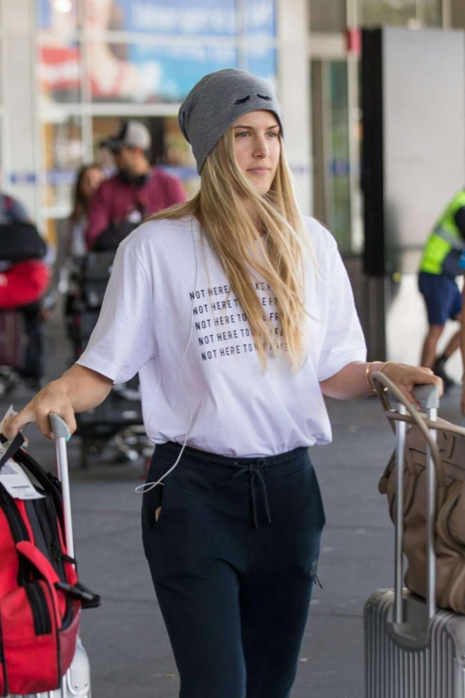 Eugenie Bouchard - Arrives at Airport in Melbourne
