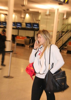 Eugenie Bouchard at Montreal Airport -03