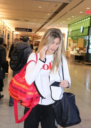 Eugenie Bouchard at Montreal Airport -07