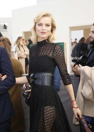 Eva Herzigova - Arrives at the Christian Dior Fashion Show in Paris