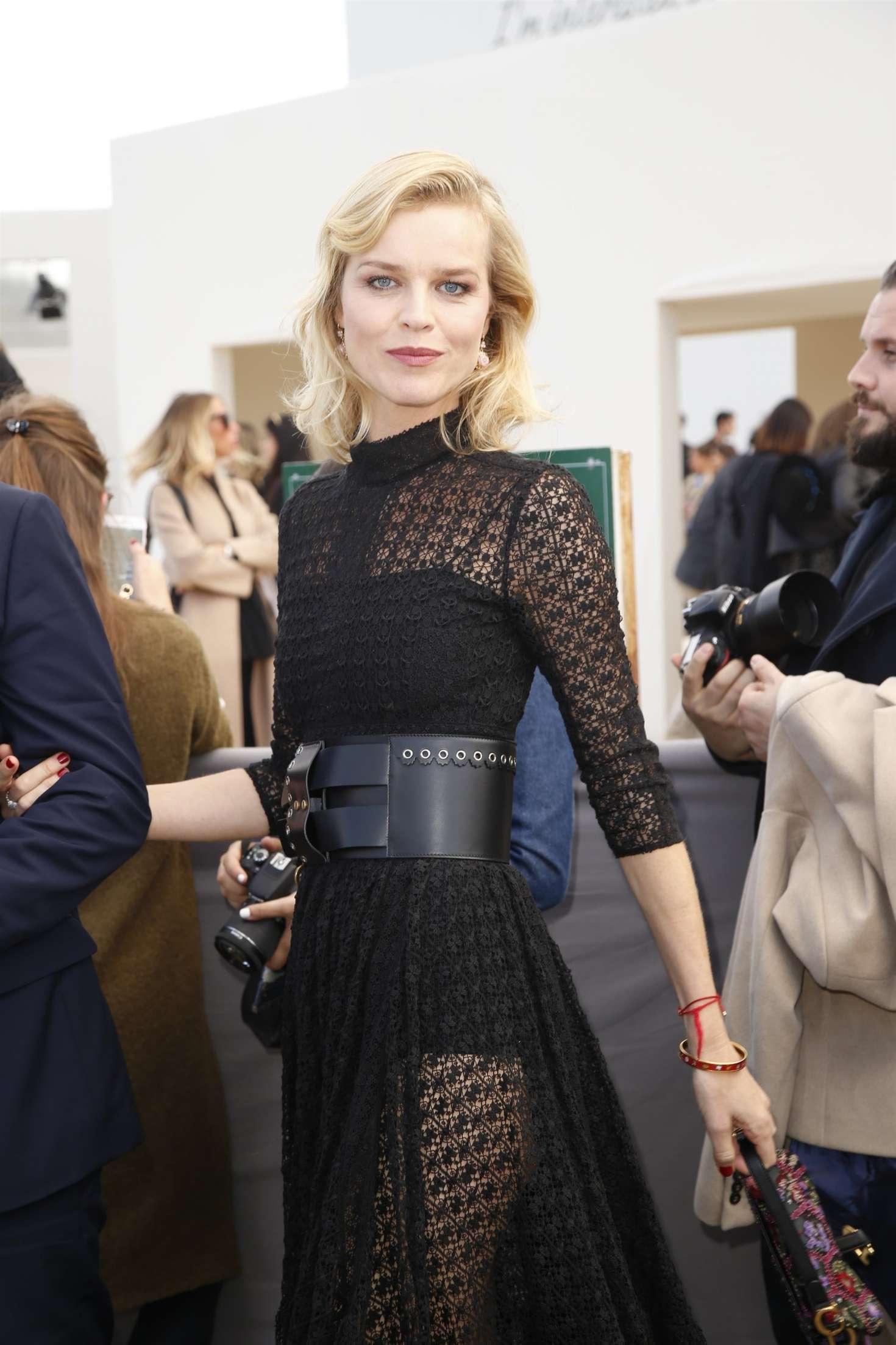 Eva Herzigova - Arrives at the Christian Dior Fashion Show in Paris