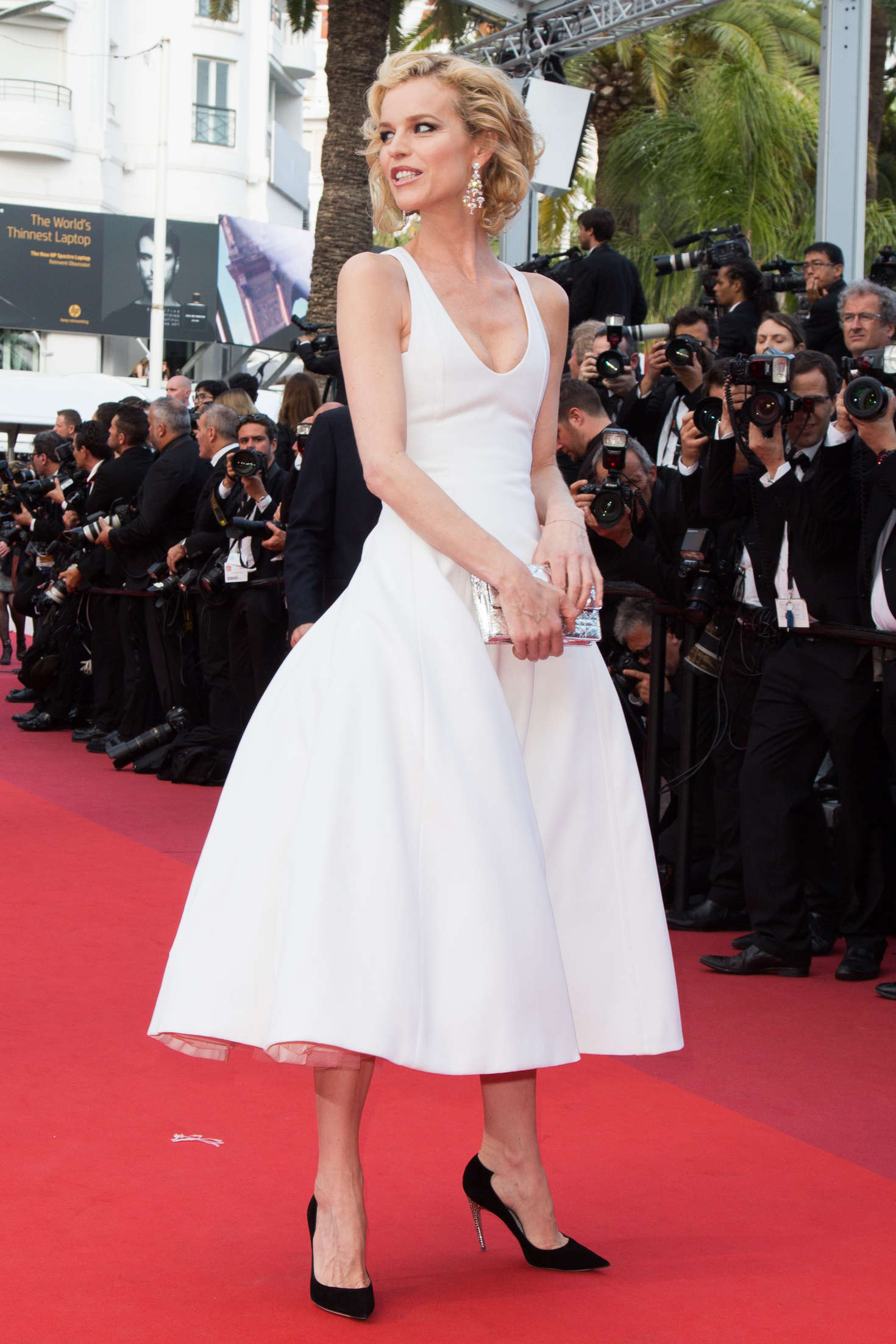 Eva Herzigova The Unknown Girl Premiere At 2016 Cannes Film Festival 06 Gotceleb