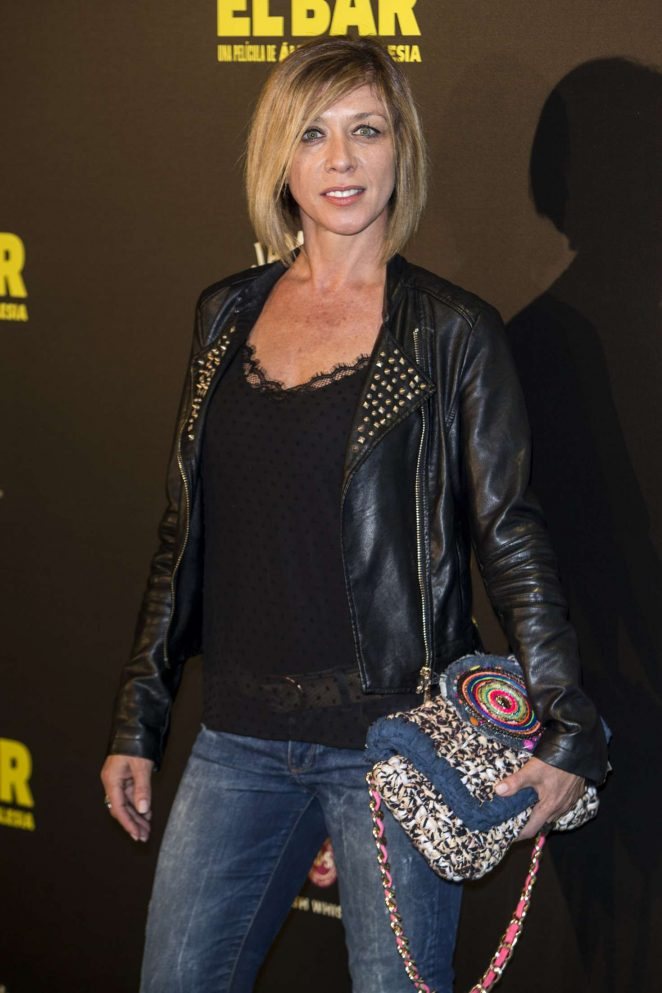 Eva Isanta - 'El Bar' Premiere in Madrid
