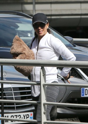 Eva Longoria - Arrives at Airport in Paris