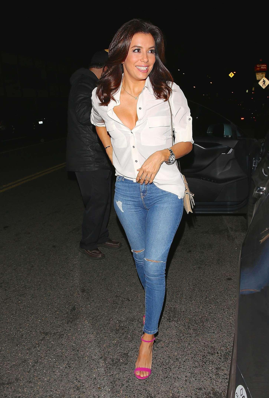 Eva Longoria 2015 : Eva Longoria in Tight Jeans -07