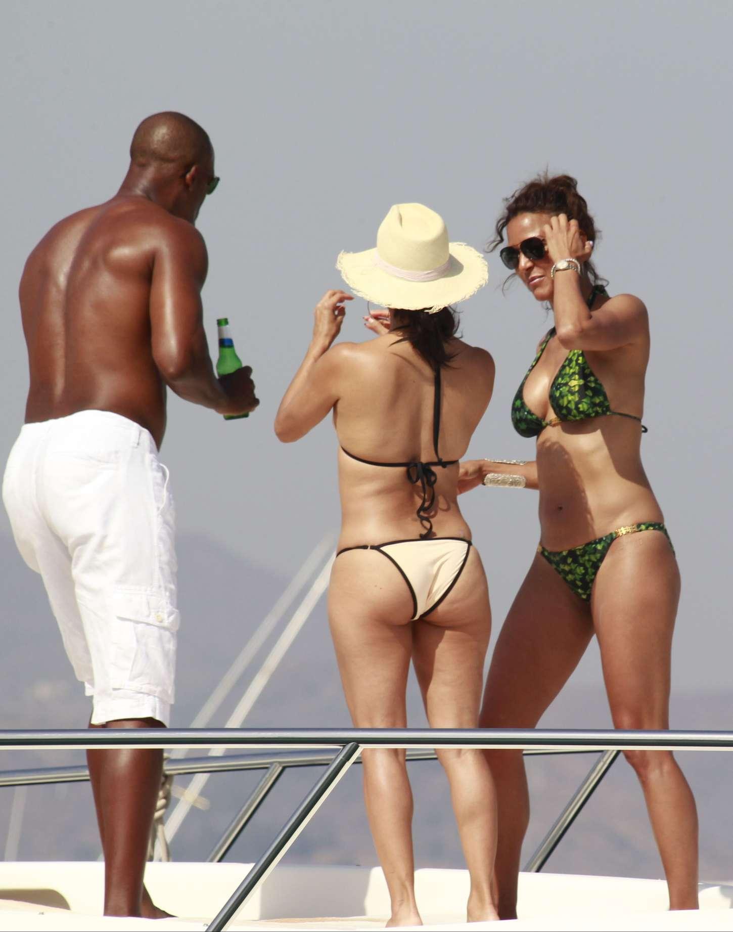 Eva Larue Bikini Pics 33