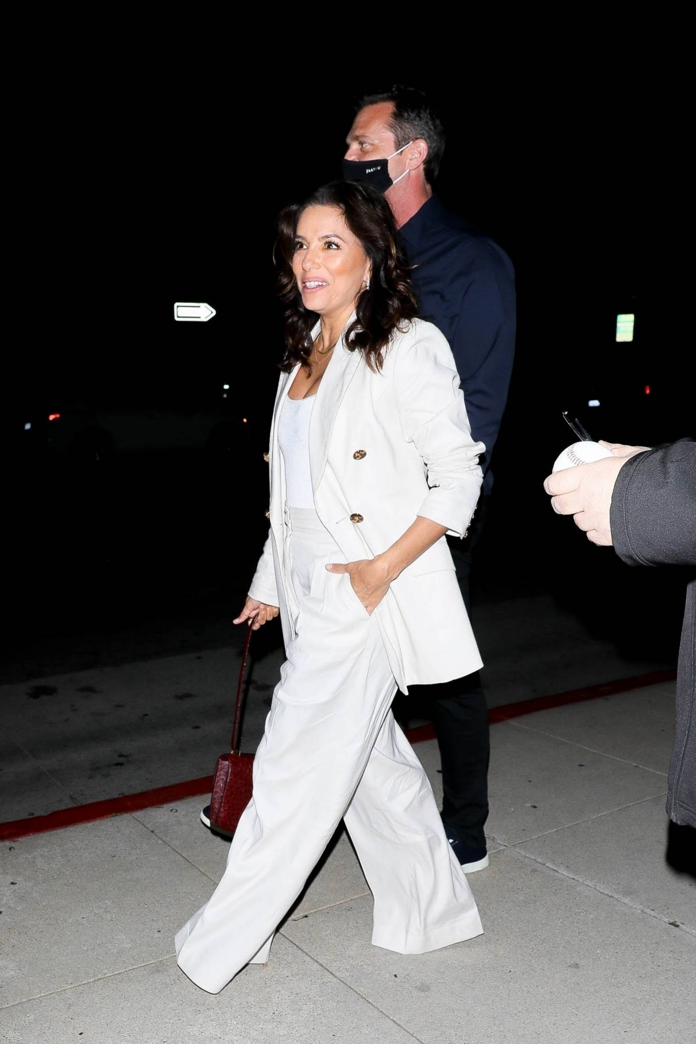 Eva Longoria 2021 : Eva Longoria – in all white as she steps out with friends in Beverly Hills-10