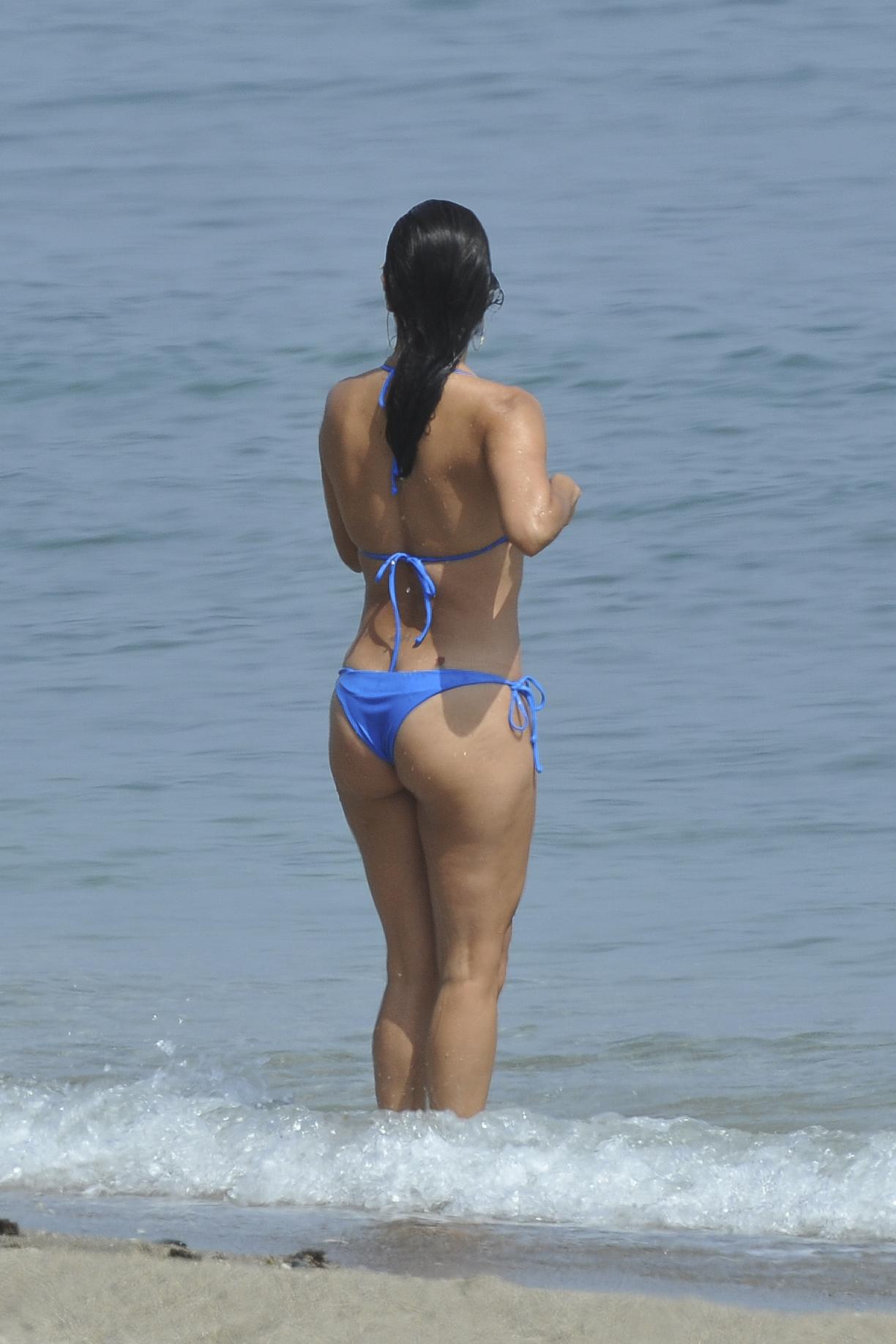 Eva longoria in blue bikini on the beach in ibiza naked (74 photo), Hot Celebrity photos