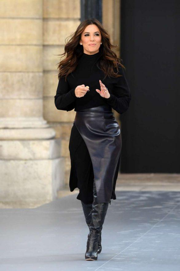 Eva Longoria - 'Le Defile L'Oreal Paris' Show at Paris Fashion Week