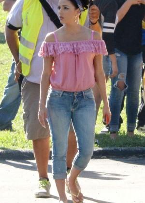 Eva Longoria in Jeans on Lowriders set -08