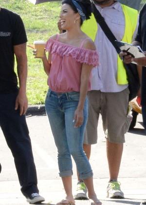 Eva Longoria in Jeans on Lowriders set -14
