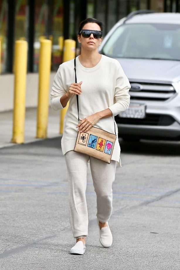 Eva Longoria - Outside Joann Fabrics and Crafts in Sherman Oaks