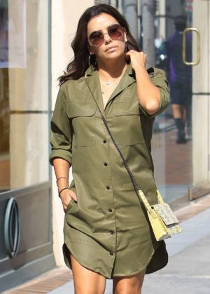 Eva Longoria - Seen at Nail Salon in Beverly Hills