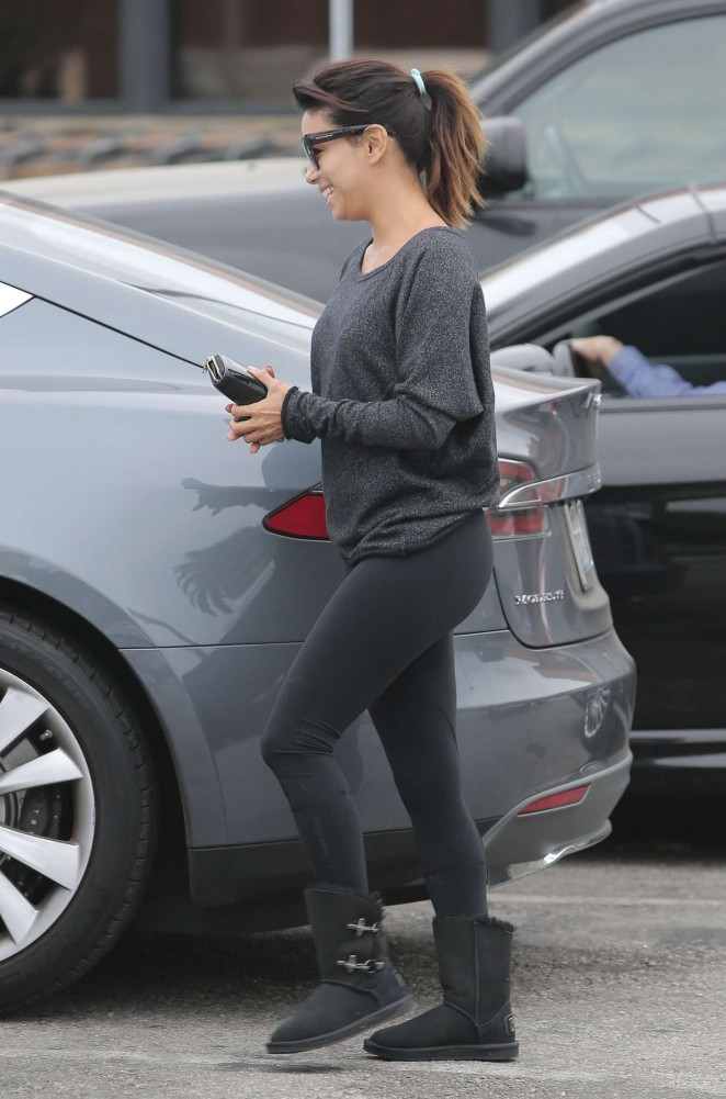 Eva Longoria in Tights Shopping in Malibu