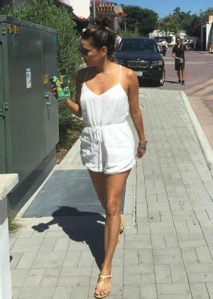 Eva Longoria - Shopping in Malibu