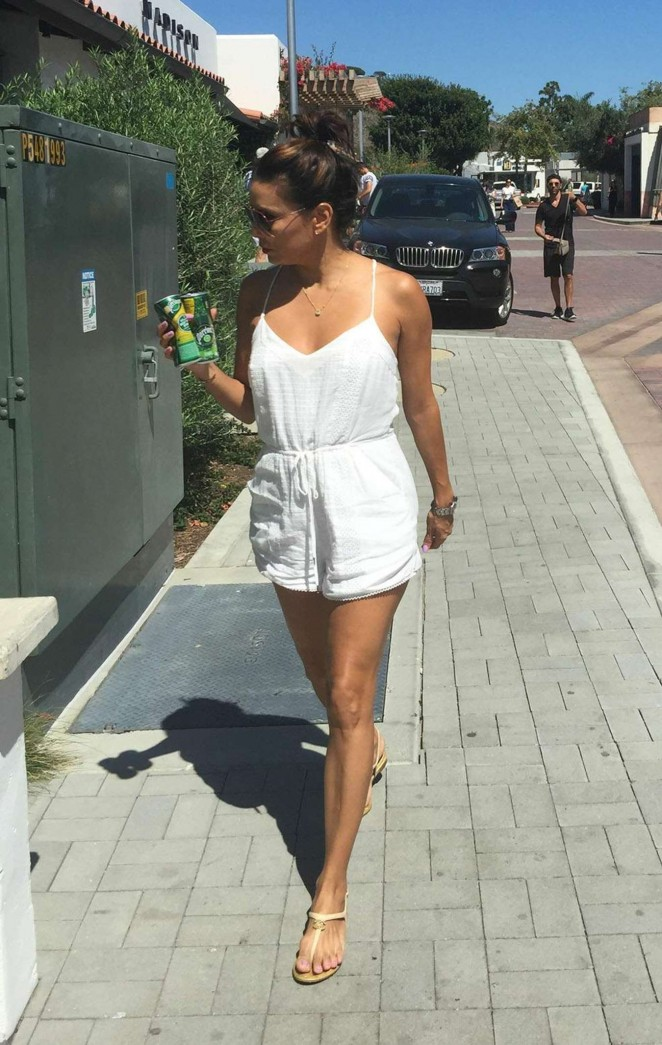 Eva Longoria – Shopping in Malibu