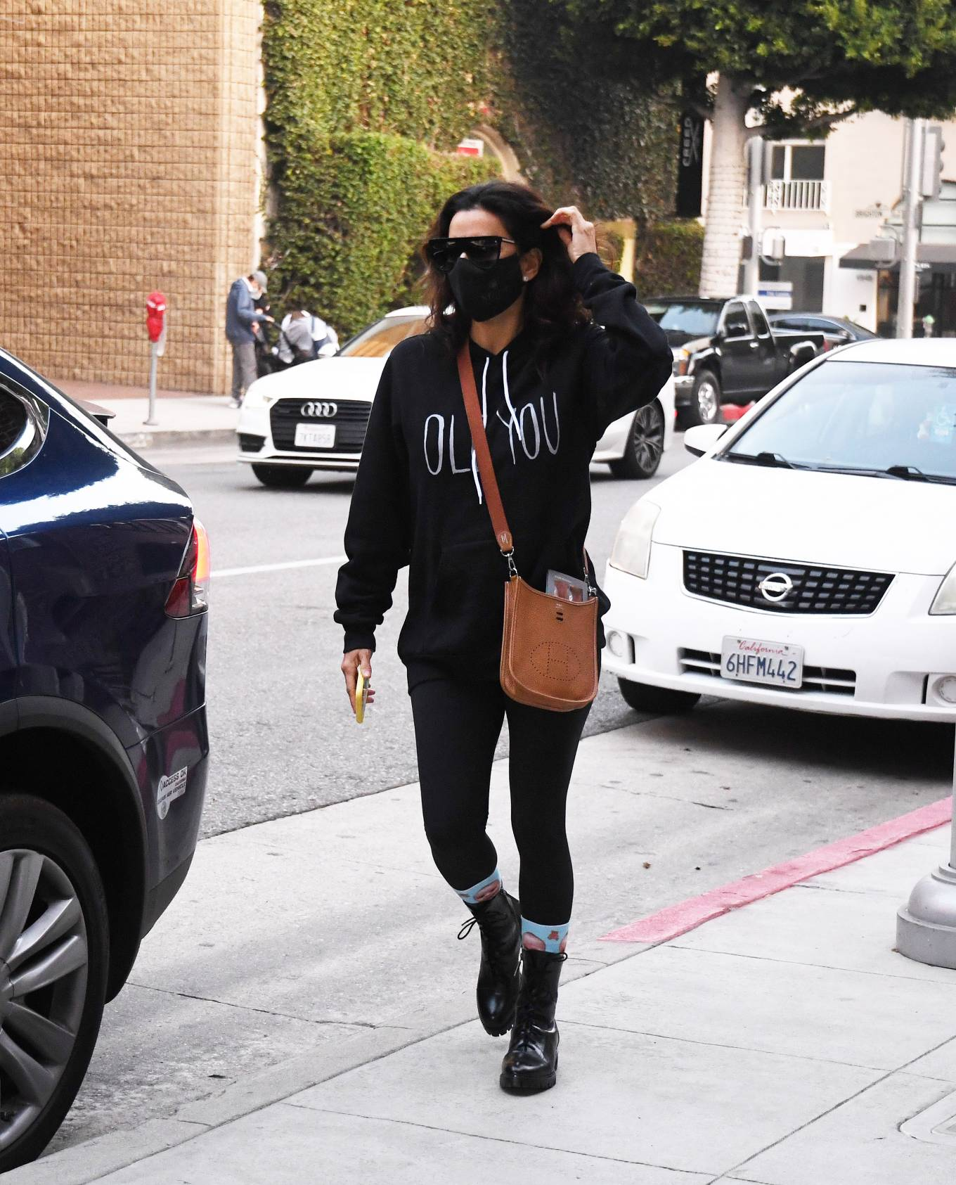 Eva Longoria - Spotted  While Out in Los Angeles