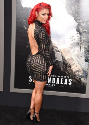 Eva Marie - 'San Andreas' Premiere in Hollywood