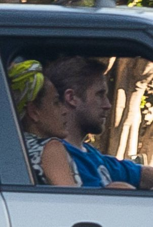 Eva Mendes and Ryan Gosling - Driving home in Los Angeles