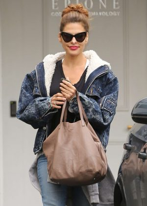 Eva Mendes - Leaves Epione in Beverly Hills