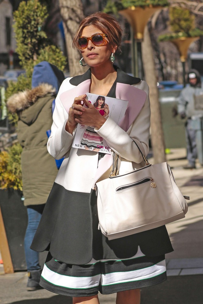 Eva Mendes - Out and about in NYC